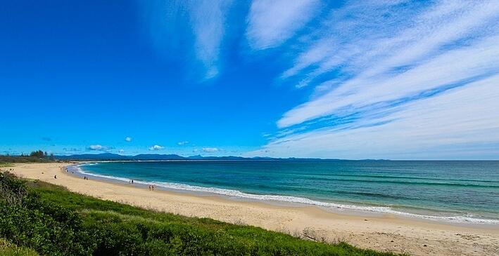Beaches_of_Byron_-967393-edited.jpg